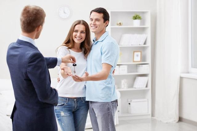 Нужно ли платить налог при получении квартиры в наследство?