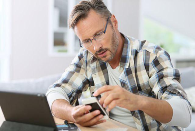 Как вернуть телефон, купленный в магазине или через интернет?